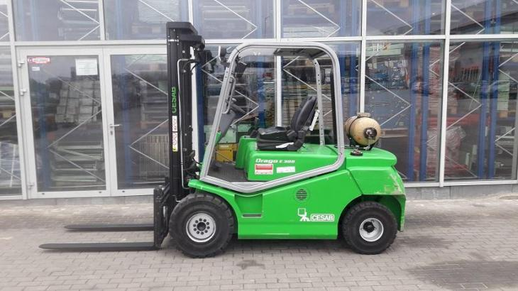 Maschine: CESAB DRAGO E300 Gas forklift trucks