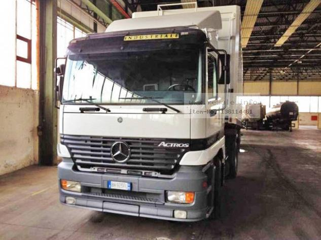 Maschine: MERCEDES BENZ 1843 TRUCK WITH SEMITRAILERS