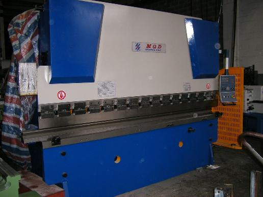 Maschine: MQD 3200x125 PRESS BRAKE