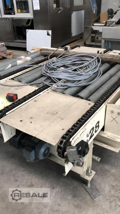 Maschine:   FORWARDING OF ROLLERS AND CHAINS