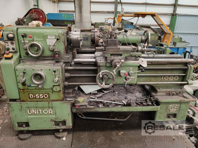 Maschine: TOR D550x1000 Turning Machines (Lathes)